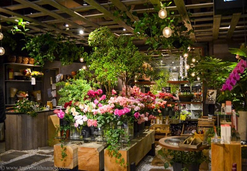 aoyama-flower-market-tea-house-4