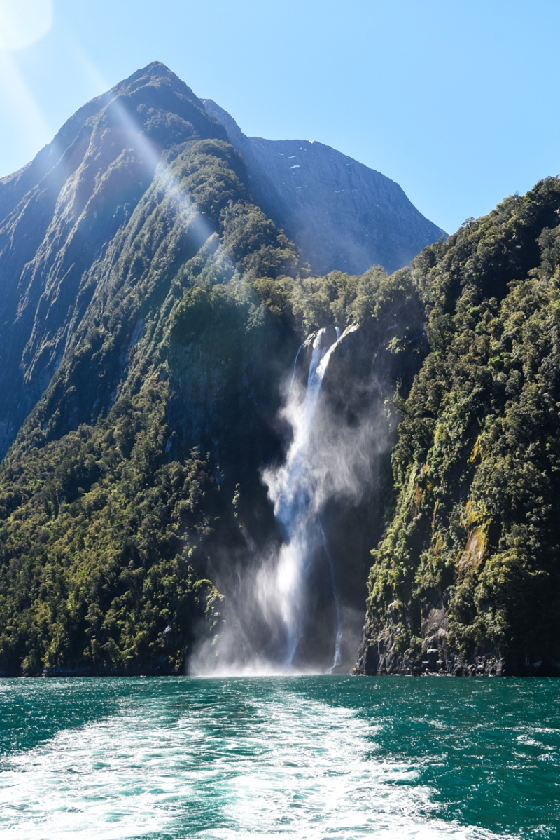 queenstown-milford-sound-new-zealand-63